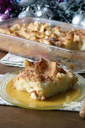 Preguiça de fritar as rabanadas? Faz essa versão no forno que fica incrivelmente deliciosa! Torta Rabanada!!!