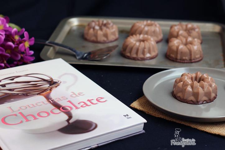 Faça em casa seu próprio Flan de Chocolate! É simples e rápido... Aproveite no calor do verão essa sobremesa gelada!